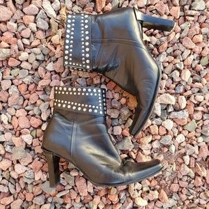 Enzo Angiolini Lucci Studded Ankle Boots 6.5